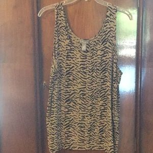 Travelers by Chico's tank top
